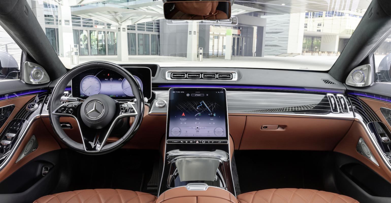Autonomous Luxury Vehicles Market